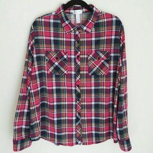 Soft and Feminine Plaid Shirt Plus Size 2X